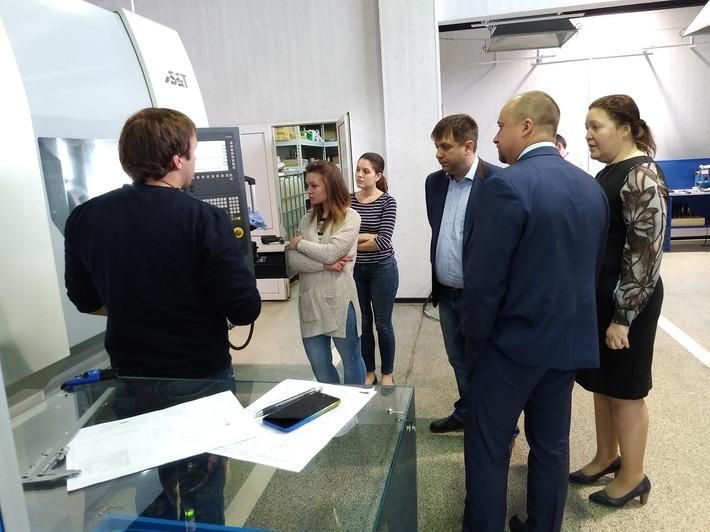Заместитель Премьер-министра Правительства Республики Карелия — Савельев Ю.В. посетил ЦТМ ГК Финв